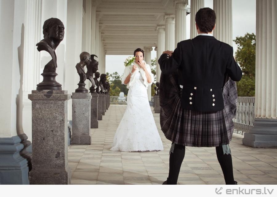 Что под юбкой на свадьбе 12 фотография